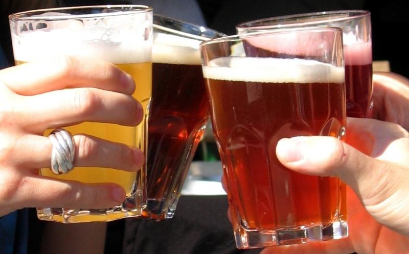 bieres_cheers