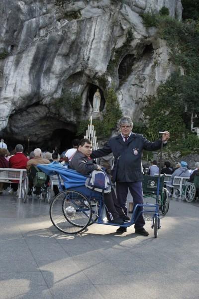 Uno dei suoi viaggi a Lourdes