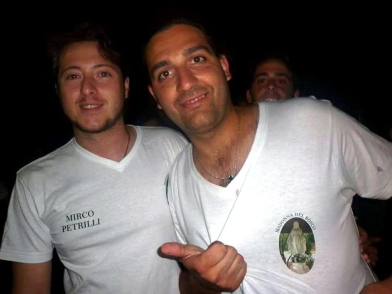 da sinistra il vicepresidente dell'Associazione Madonna del Bosco Mirco Petrilli e il presidente dell'associazione Gianni Fabi