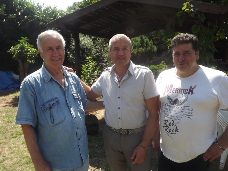da sinistra il presidente regionale Italcaccia Romano Buzi, Gianni Corsetti presidente regionale Italcaccia, Bruno Pantoni presidente italicaccia sezione Lariano