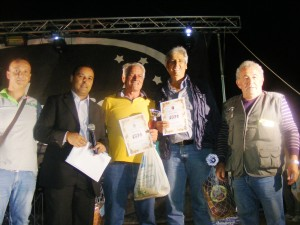 premiati i primi classificati torneo di briscola(memorial Fiorenzo Caliciotti) Gianni Calvani e Vincenzo Bartolucci