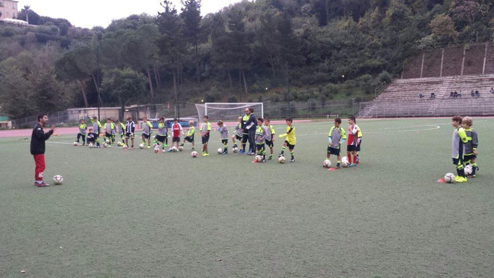i tecnici del perugia al lavoro con la scuola calcio della gioc cocciano