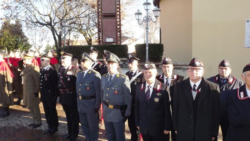 rappresentanze forze armate alla cerimonia a Lariano