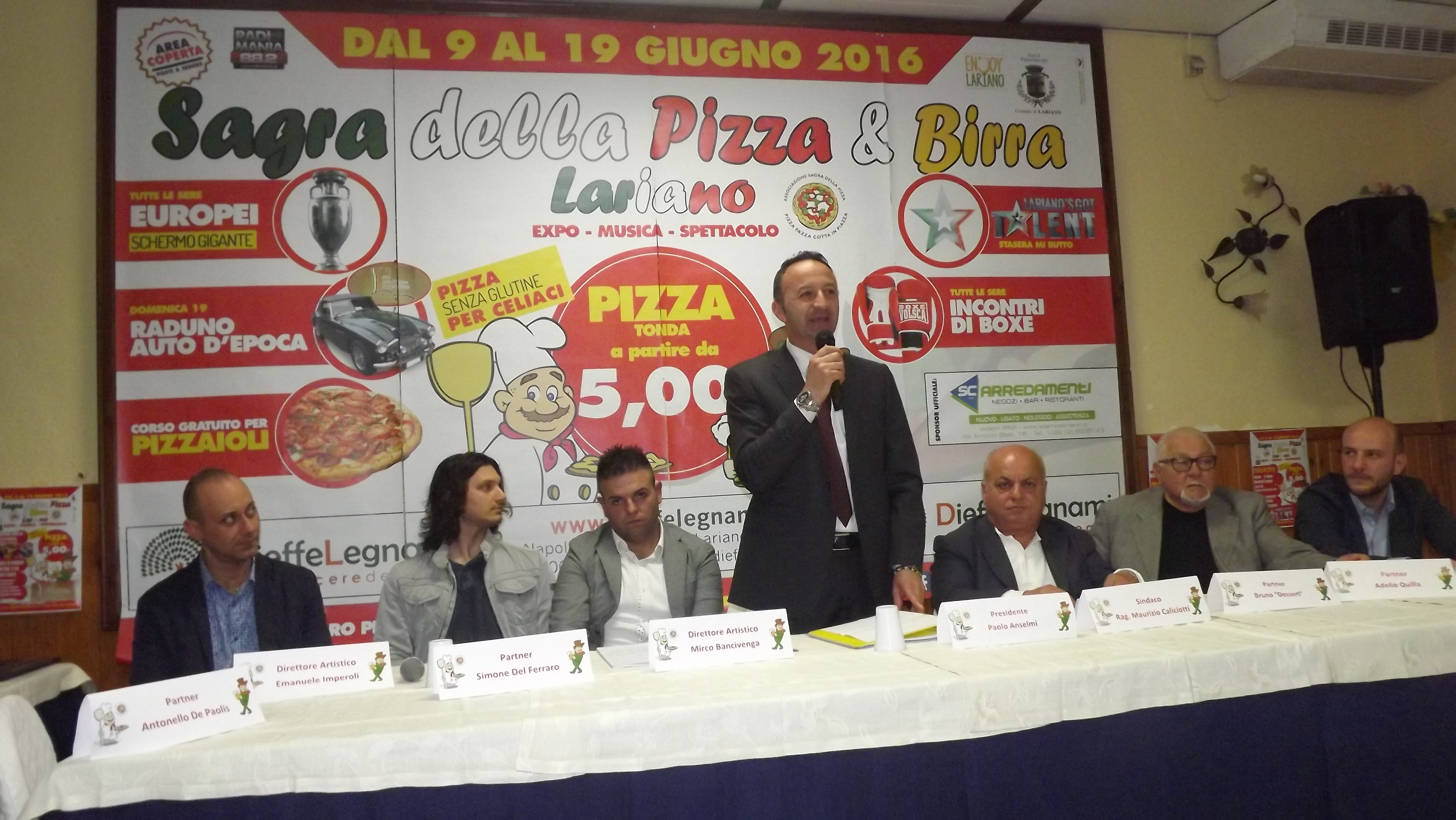 UN MOMENTO CONFERENZA INTERVENTO DEL PRESIDENTE PAOLO ANSELMI