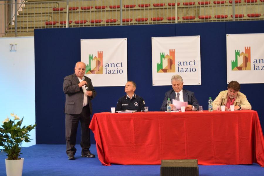 convegno-intervento-del-sindaco-di-lariano-maurizio-caliciotti