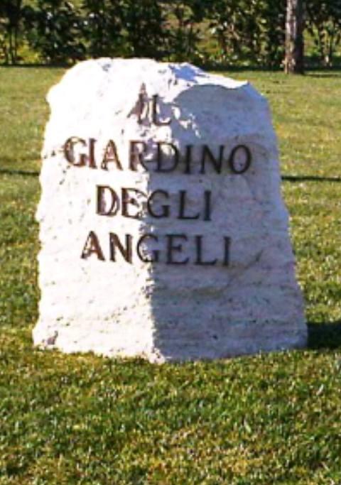 Lariano presso il cimitero comunale nasce il giardino degli angeli mai nati lanotizia2 di - Il giardino degli etruschi ...